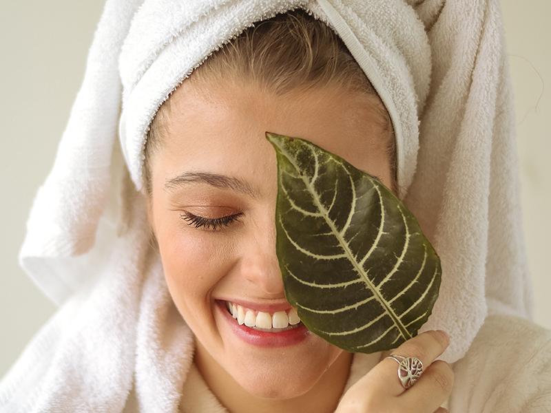 Qué es el efecto rebote del acné y como tratar a vuestras clientas