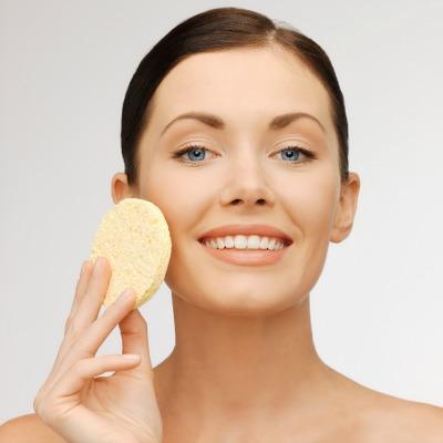 Los beneficios de exfoliar la piel
